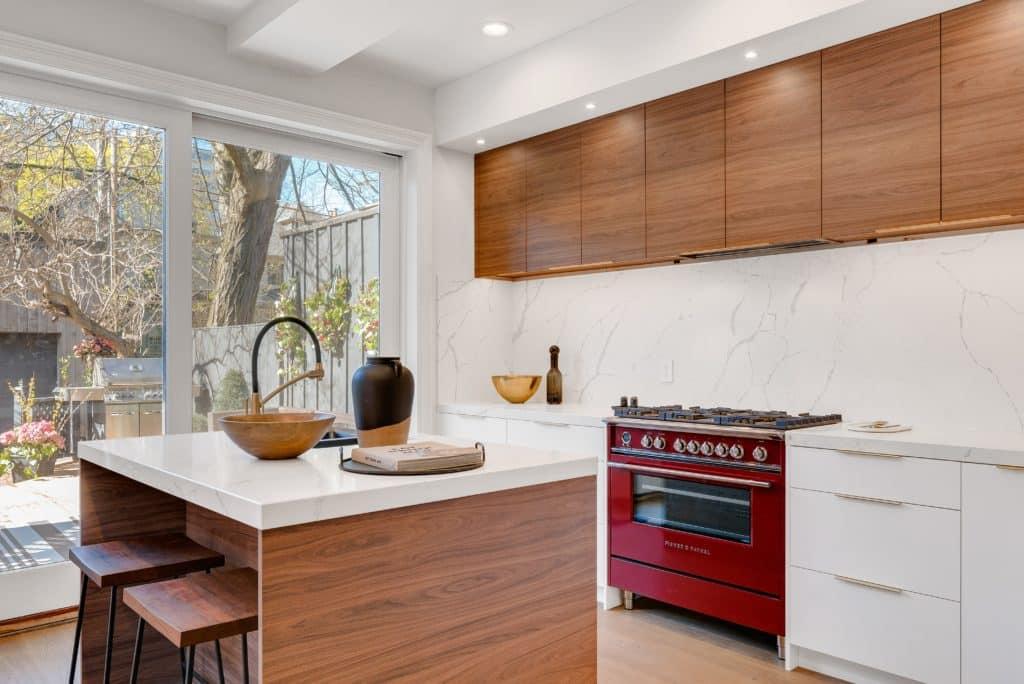 Paraschizzi per la cucina moderna: quale scegliere e quanto ...